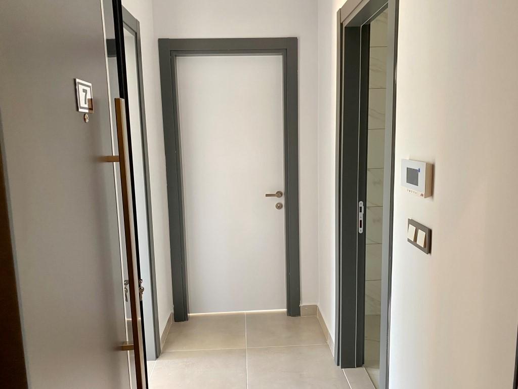 Новая квартира 1+1 в уютном комплексе в Махмутларе - Фото 16