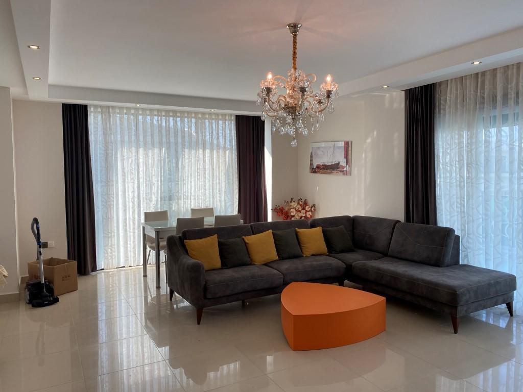 Квартира с мебелью на первой линии в Каргыджаке - Фото 19